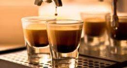 L'importanza della pulizia della macchina del caffè del bar.